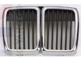 E30 Решетка радиатора центральная часть (Ноздри) Хром-Черн